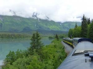 Explor Alaska by rail - Part of the Alaska Denali National Park cruise tour experience